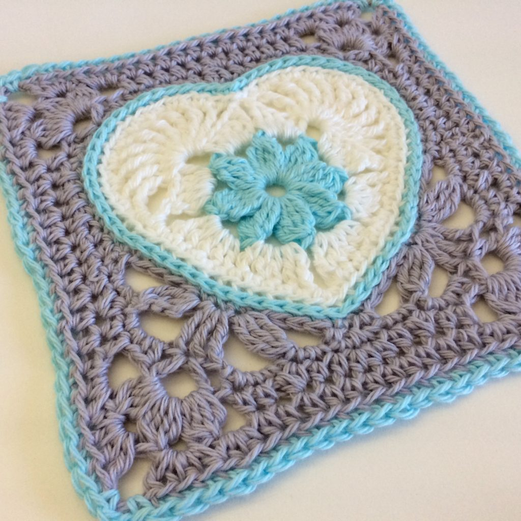 Heart in Bloom square in Snow, Arctic and Glacier BWM 8ply cotton. I love the colour combo and their icy names!