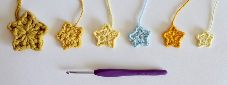 Tiny Stars in different yarns.